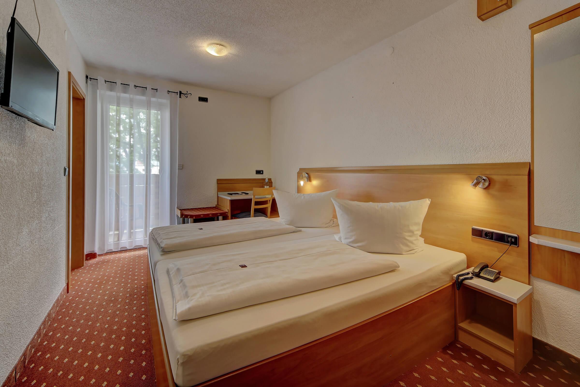 Hotel Post in Weiden Doppelzimmer Standard mit Balkon